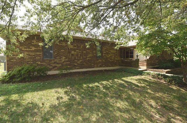 3 Townview Circle, Platte City, MO 64079 (#2244129) :: Jessup Homes Real Estate | RE/MAX Infinity