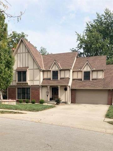 7409 N Amoret Avenue, Kansas City, MO 64151 (#2244190) :: Edie Waters Network