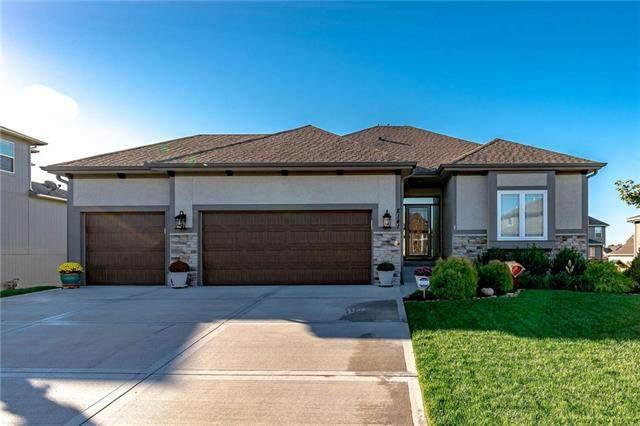 8141 NW 90th Street, Kansas City, MO 64153 (#2244627) :: Five-Star Homes