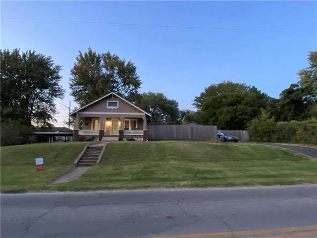 11416 E 15th Street, Independence, MO 64052 (#2244766) :: Five-Star Homes