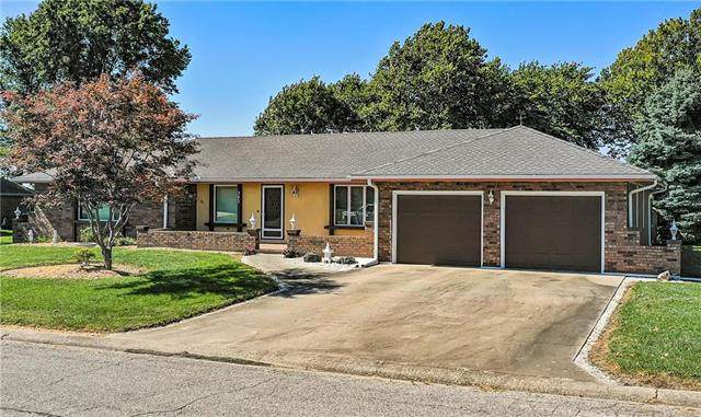 302 S Sunset Hills Terrace, Concordia, MO 64020 (#2246985) :: Dani Beyer Real Estate