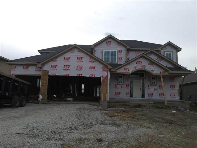 24815 W 88th Terrace, Lenexa, KS 66227 (#2247252) :: House of Couse Group