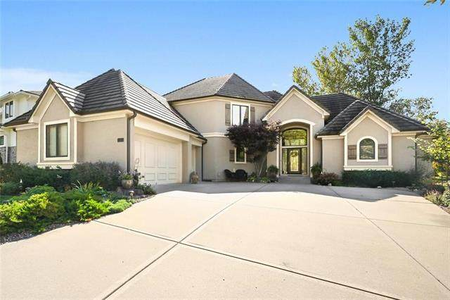 131 South Shore Drive, Lake Winnebago, MO 64034 (MLS #2247387) :: Stone & Story Real Estate Group
