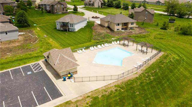 2051 Foxtail Point, Kearney, MO 64060 (#2247484) :: Team Real Estate