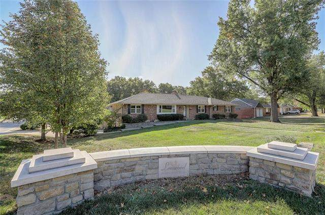 8901 Mission Road, Leawood, KS 66206 (#2247750) :: Edie Waters Network