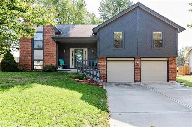 14821 W 65th Street, Shawnee, KS 66216 (#2247762) :: Ron Henderson & Associates