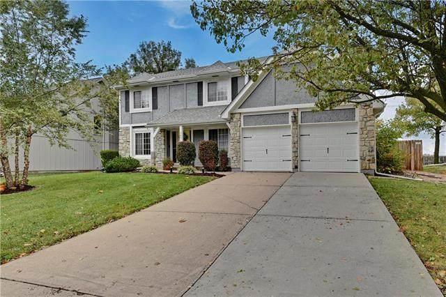 15710 W 143rd Terrace, Olathe, KS 66062 (#2247854) :: Austin Home Team