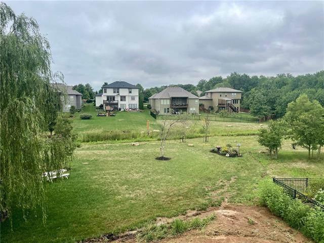 17132 S Schweiger Drive, Olathe, KS 66062 (#2248067) :: Ask Cathy Marketing Group, LLC