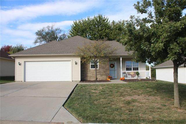 2404 N 114th Terrace, Kansas City, KS 66109 (#2248384) :: The Shannon Lyon Group - ReeceNichols