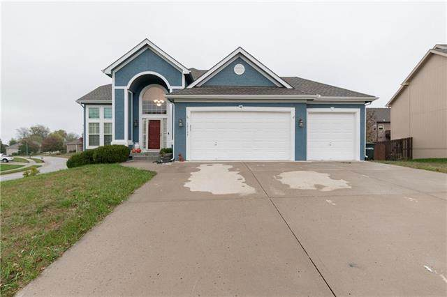 18109 Belinda Drive, Smithville, MO 64089 (#2248752) :: Ron Henderson & Associates