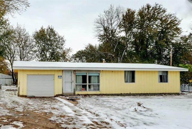 115 SW W Highway, Kingsville, MO 64061 (#2248892) :: Edie Waters Network