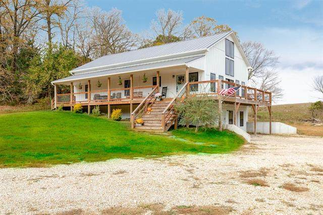 23836 Millwood Road, Easton, KS 66020 (#2249759) :: House of Couse Group