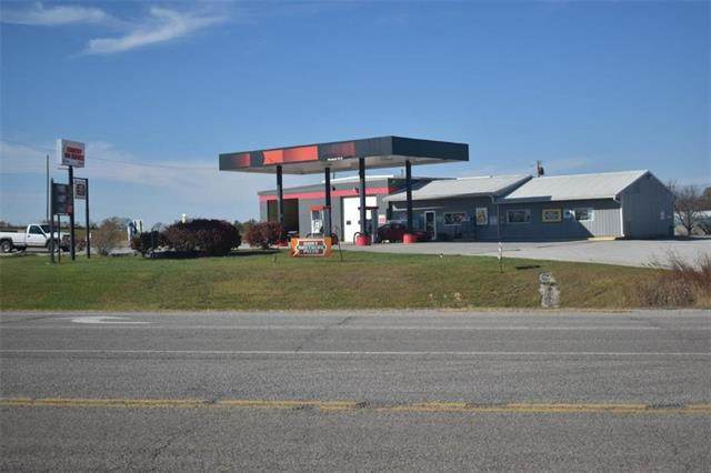 19944 K-4 Highway, Nortonville, KS 66060 (#2249995) :: The Gunselman Team