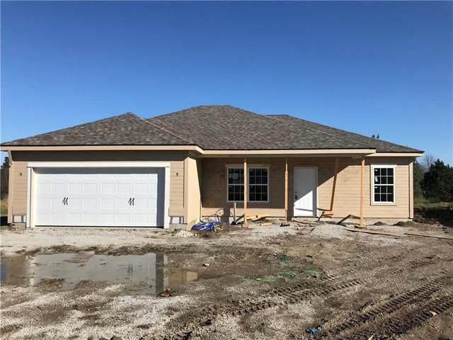 215 S Dalton Drive, Lone Jack, MO 64070 (#2251299) :: Eric Craig Real Estate Team