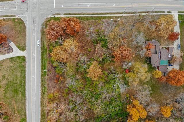 3038 N 115th Street, Kansas City, KS 66109 (#2251394) :: Eric Craig Real Estate Team