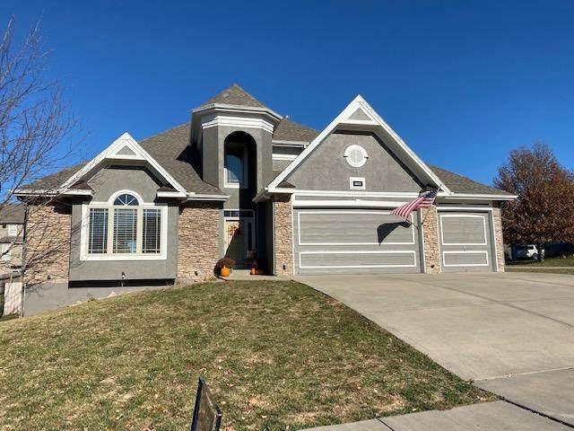 4612 NE 104th Street, Kansas City, MO 64156 (#2252906) :: House of Couse Group