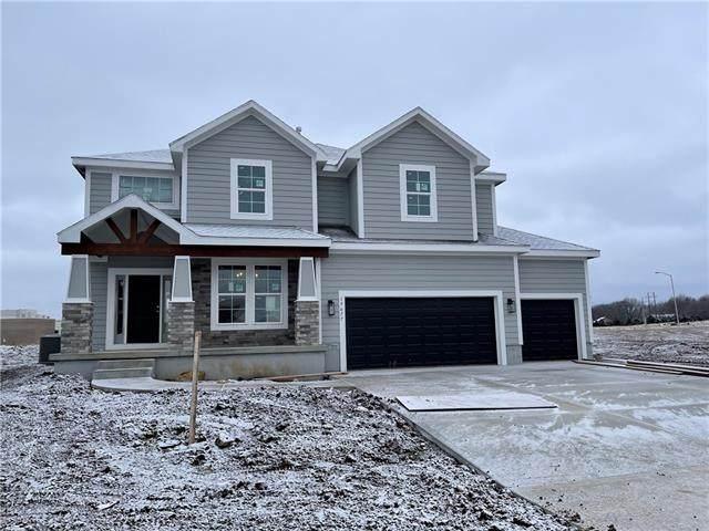 19677 W 115th Court, Olathe, KS 66061 (#2257053) :: Team Real Estate