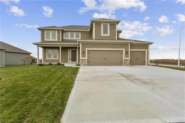 10811 N Corrington Avenue, Kansas City, MO 64156 (#2257494) :: Team Real Estate