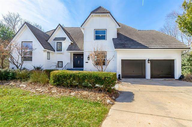 4503 W 126th Street, Leawood, KS 66209 (#2258074) :: Five-Star Homes