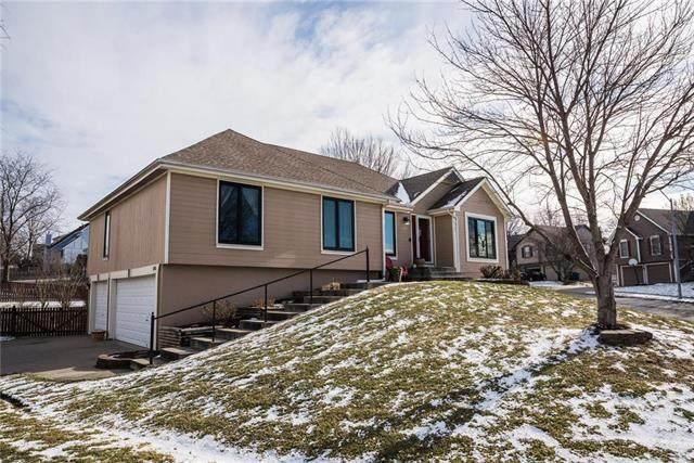 585 White Oak Lane, Liberty, MO 64068 (#2258223) :: Team Real Estate