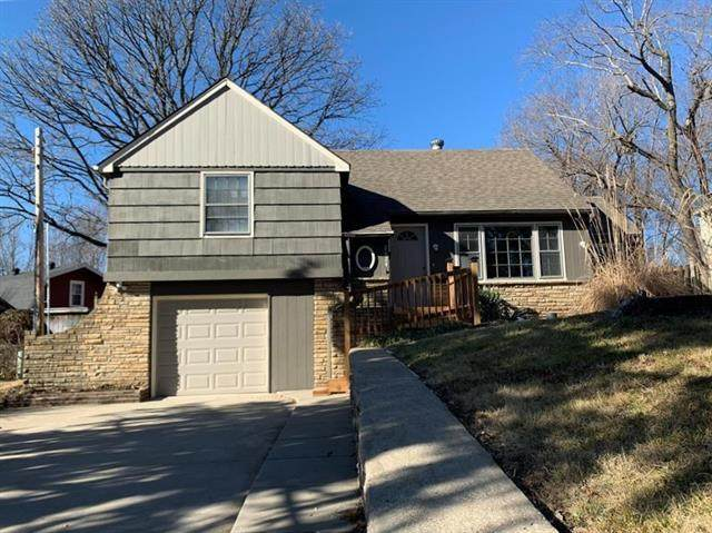 2624 S Sante Fe Road, Independence, MO 64055 (#2258576) :: Eric Craig Real Estate Team