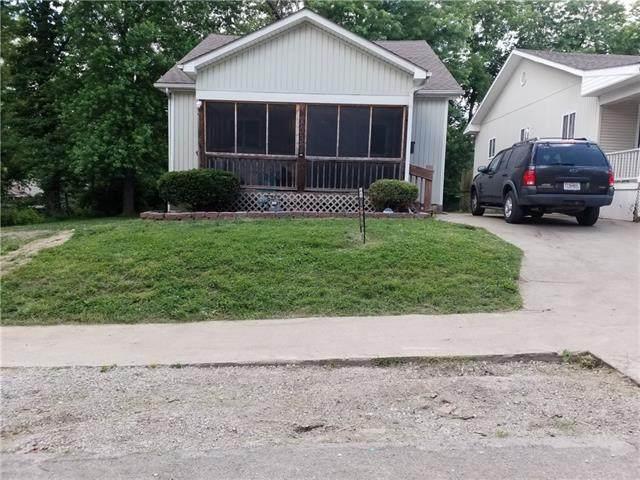 2537 Elmwood Avenue, Kansas City, MO 64127 (#2302430) :: Five-Star Homes
