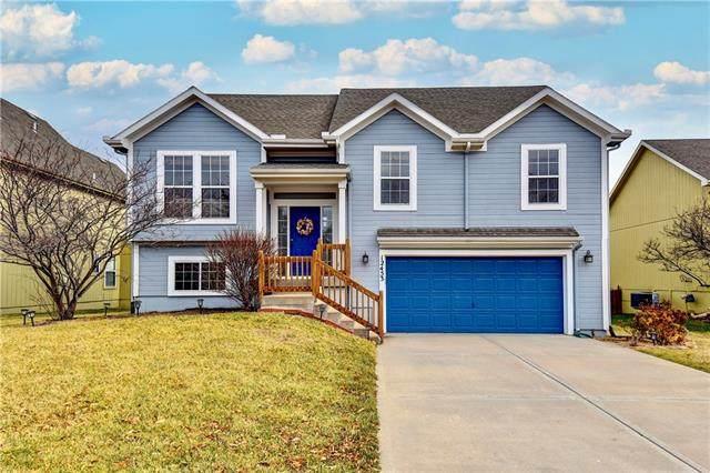 12453 S Quail Ridge Drive, Olathe, KS 66061 (#2302502) :: Team Real Estate