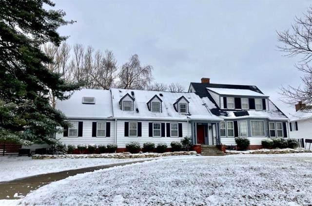 2714 Ashland Avenue, St Joseph, MO 64506 (#2302829) :: Team Real Estate