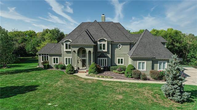 14240 S Copper Creek Drive, Olathe, KS 66062 (MLS #2303121) :: Stone & Story Real Estate Group