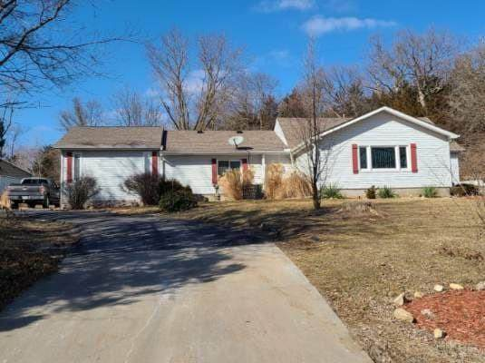 2540 State Route 92 Rural Route, Smithville, MO 64089 (#2304874) :: The Rucker Group