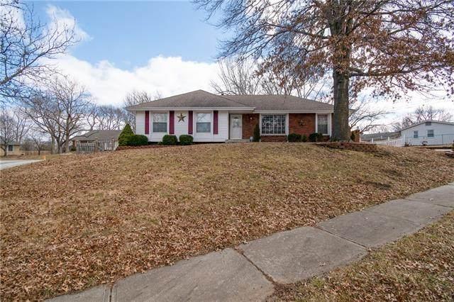 1001 NE 73rd Place, Gladstone, MO 64118 (#2305903) :: Eric Craig Real Estate Team