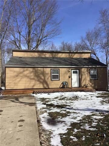 7012 E 104th Street, Kansas City, MO 64134 (#2306055) :: Team Real Estate