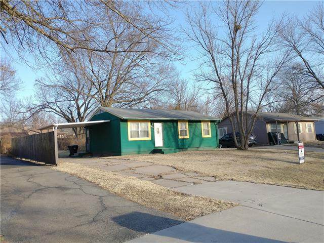 3048 SE Michigan Avenue, Topeka, KS 66605 (#2307074) :: Team Real Estate
