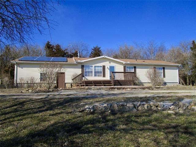 21056 600 Road, Prescott, KS 66767 (#2307790) :: Ron Henderson & Associates
