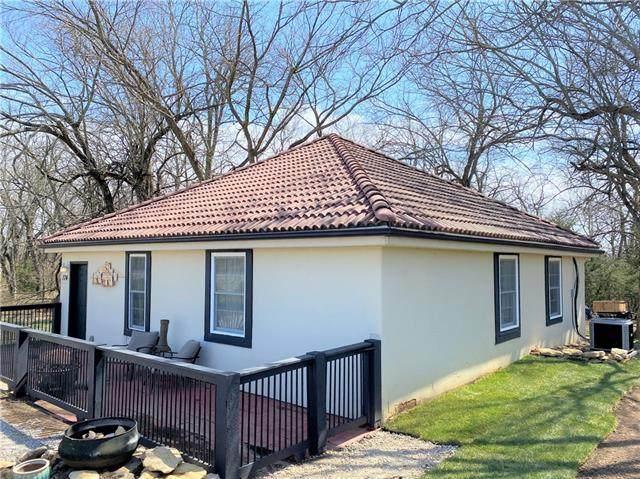 174 S Linn Valley Drive, Linn Valley, KS 66040 (#2308708) :: Five-Star Homes