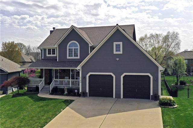 1709 SW Summit Hill Circle, Lee's Summit, MO 64081 (#2309019) :: Audra Heller and Associates