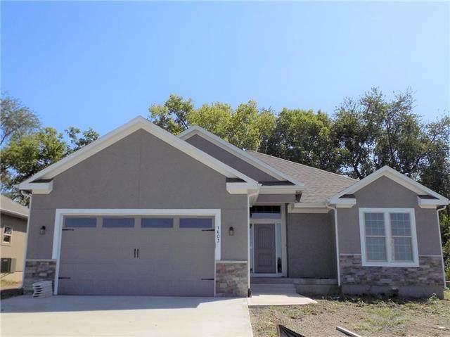 1606 NE Crumley Street, Grain Valley, MO 64029 (#2309998) :: Five-Star Homes