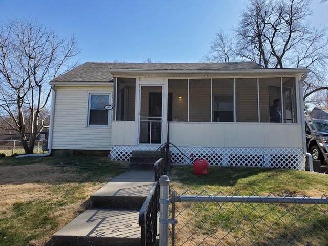 2609 Maddox Avenue, Kansas City, KS 66106 (#2311495) :: The Gunselman Team