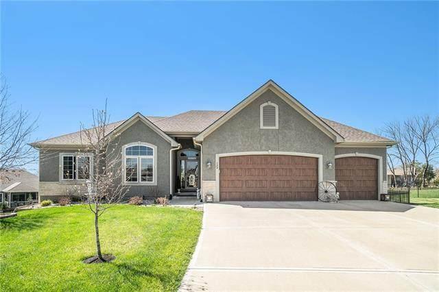 824 155th Circle, Basehor, KS 66007 (MLS #2311818) :: Stone & Story Real Estate Group