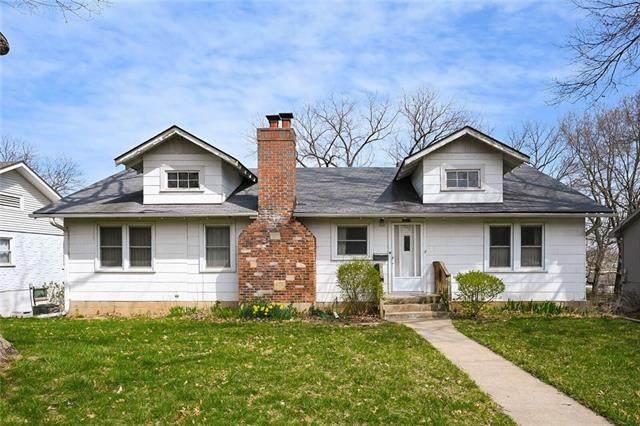 4513 N Monroe Avenue, Kansas City, MO 64117 (#2312609) :: Audra Heller and Associates