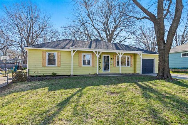 8775 Goddard Street, Overland Park, KS 66214 (#2312676) :: Beginnings KC Team