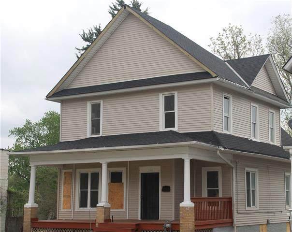 921 S 15th Street, St Joseph, MO 64503 (#2312718) :: The Kedish Group at Keller Williams Realty