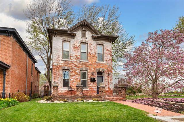 1614 Summit Street, Kansas City, MO 64108 (MLS #2313019) :: Stone & Story Real Estate Group
