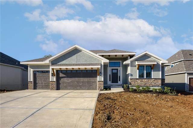 21710 W 46th Street, Shawnee, KS 66226 (#2313210) :: Austin Home Team
