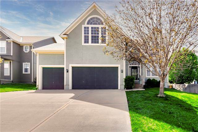 10638 S Langley Street, Olathe, KS 66061 (#2313973) :: Ron Henderson & Associates
