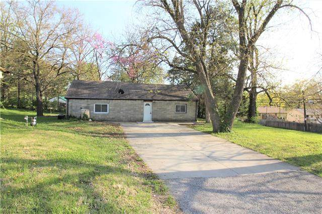 4711 N Brighton Avenue, Kansas City, MO 64116 (MLS #2314315) :: Stone & Story Real Estate Group