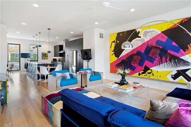 415 E 63rd Street, Kansas City, MO 64110 (MLS #2315162) :: Stone & Story Real Estate Group