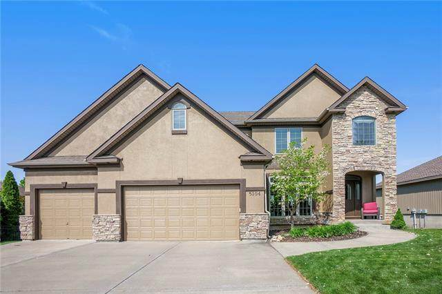 5104 S Brittany Drive, Blue Springs, MO 64015 (#2315347) :: Team Real Estate