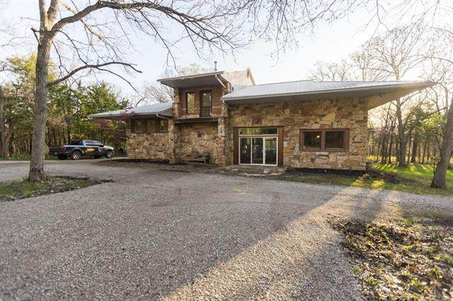 7992 W 391st Street, Lacygne, KS 66040 (#2315794) :: Ron Henderson & Associates