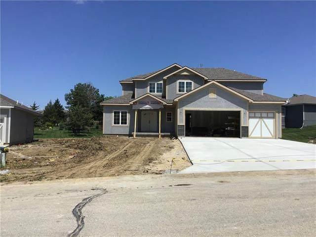 814 S 155 Terrace, Basehor, KS 66007 (#2315815) :: Austin Home Team